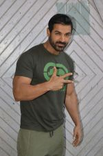 John Abraham at Force 2 photo shoot in Mumbai on 17th Nov 2016 (7)_582e9515d4391.jpg