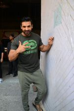 John Abraham at Force 2 photo shoot in Mumbai on 17th Nov 2016 (9)_582e95080be0e.jpg