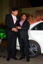 Johnny Lever at Wedding reception of stylist Shaina Nath daughter of Rakesh Nath on 17th Nov 2016 (54)_582eac468256c.JPG