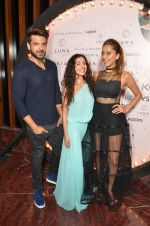 Karan Kundra, Anusha Dandekar at Koovs launch by Gauri and Nainika on 17th Nov 2016 (262)_582eaa2e7343c.JPG