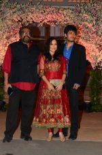 Kishori Shahane at Wedding reception of stylist Shaina Nath daughter of Rakesh Nath on 17th Nov 2016 (66)_582eac56c6192.JPG