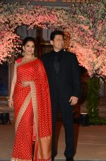 Madhuri Dixit, Sriram Nene at Wedding reception of stylist Shaina Nath daughter of Rakesh Nath on 17th Nov 2016 (81)_582eac7be1fe4.JPG