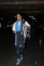 Manish Malhotra snapped at airport on 17th Nov 2016 (9)_582ea553882cc.JPG