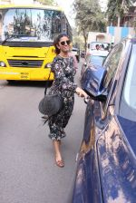 Nimrat Kaur snapped in Mumbai on 17th Nov 2016 (33)_582ea70c46ee4.JPG