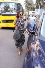 Nimrat Kaur snapped in Mumbai on 17th Nov 2016 (34)_582ea70ceee17.JPG