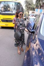 Nimrat Kaur snapped in Mumbai on 17th Nov 2016 (35)_582ea70d9f460.JPG