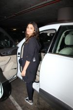 Parineeti Chopra snapped at airport on 17th Nov 2016 (27)_582ea518b2eeb.JPG