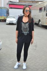 Sonakshi Sinha at Force 2 photo shoot in Mumbai on 17th Nov 2016 (52)_582ea6d4db0fe.JPG