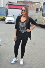 Sonakshi Sinha at Force 2 photo shoot in Mumbai on 17th Nov 2016 (53)_582ea6d56e275.JPG