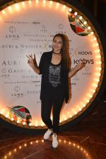 Sonakshi Sinha at Koovs launch by Gauri and Nainika on 17th Nov 2016 (235)_582eaaa4a48b3.JPG