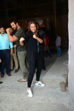Sonakshi Sinha, John Abraham at Force 2 photo shoot in Mumbai on 17th Nov 2016 (13)_582e950960362.jpg