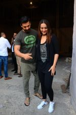Sonakshi Sinha, John Abraham at Force 2 photo shoot in Mumbai on 17th Nov 2016 (82)_582ea6de1e4c4.JPG