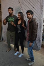 Sonakshi Sinha, John Abraham, Tahir Bhasin, Abhinay Deo at Force 2 photo shoot in Mumbai on 17th Nov 2016 (58)_582ea6e0862d9.JPG