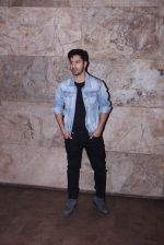 Varun Dhawan at Force 2 screening in Lightbox on 17th Nov 2016 (9)_582ea75e82b53.JPG