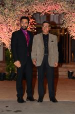 at Wedding reception of stylist Shaina Nath daughter of Rakesh Nath on 17th Nov 2016 (68)_582eabfbb9caf.JPG