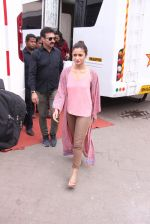 Alia Bhatt snapped in Mumbai on 18th Nov 2016 (30)_58306644eb50c.JPG