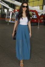 Evelyn Sharma snapped at airport on 18th Nov 2016 (31)_583065f0b3826.JPG