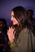 Sonakshi Sinha at Global Citizen Festival India 2016 on 18th Nov 2016 (48)_58306a953066a.JPG