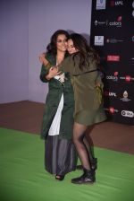 Sonakshi Sinha, Vidya Balan at Global Citizen Festival India 2016 on 18th Nov 2016 (36)_58306aca623fe.JPG