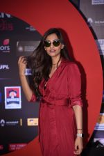 Sonam Kapoor at Global Citizen Festival India 2016 on 18th Nov 2016 (20)_58306b082afbf.JPG