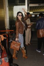 Kainaat Arora snapped at airport on 19th Nov 2016 (41)_58329cef8f4bc.JPG