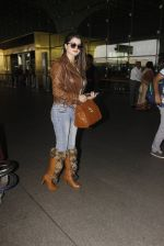 Kainaat Arora snapped at airport on 19th Nov 2016 (45)_58329cf406cfd.JPG