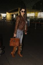 Kainaat Arora snapped at airport on 19th Nov 2016 (47)_58329cf5d3b79.JPG