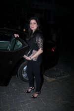 Neelam Kothari at Tusshar Kapoor_s bday Bash in Mumbai on 19th Nov 2016 (27)_58329def27025.JPG