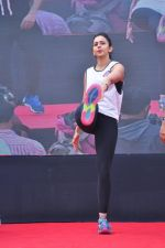 Rakul Preet Singh participate in Fitnessunplugged for Rape Victims Event on 20th Nov  (122)_5832a76318e23.JPG