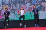 Rakul Preet Singh participate in Fitnessunplugged for Rape Victims Event on 20th Nov  (172)_5832a785bbe6a.JPG