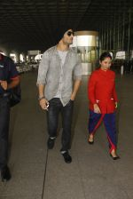 Sushant Singh Rajput snapped at airport on 19th Nov 2016 (34)_58329d1f4147c.JPG