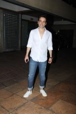 Tusshar Kapoor_s bday Bash in Mumbai on 19th Nov 2016 (8)_58329e05b6739.JPG