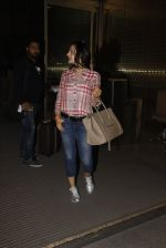 Ameesha Patel snapped at airport on 21st Nov 2016 (60)_5833eb733fdc1.JPG