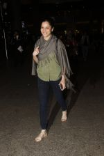 Ankita Lokhande snapped at airport on 21st Nov 2016 (37)_5833eb7c1e065.JPG