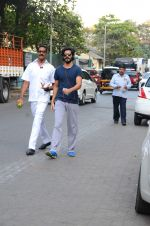 Harshvardhan Kapoor snapped taking a walk on 21st Nov 2016 (12)_5833ec1beb2d9.JPG