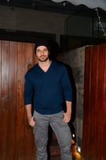 Sooraj Pancholi snapped on 21st Nov 2016 (12)_5833ec930ef42.JPG