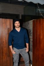Sooraj Pancholi snapped on 21st Nov 2016 (8)_5833ec8f9fa9f.JPG