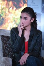 Alia Bhatt at Dear Zindagi press meet on 22nd Nov 2016 (73)_5835372fa73bb.JPG