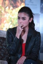Alia Bhatt at Dear Zindagi press meet on 22nd Nov 2016 (74)_5835373043449.JPG
