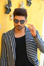Gurmeet Choudhary at Wajah Tum Ho film promotions in Mumbai on 22nd Nov 2016 (14)_58353b679e36c.JPG
