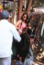 Ileana D Cruz snapped post workout on 22nd Nov 2016 (3)_583537f005e53.JPG