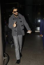 Ranveer Singh returns from UK on 22nd Nov 2016 (3)_58353aee5761b.JPG