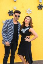 Sana Khan, Gurmeet Choudhary at Wajah Tum Ho film promotions in Mumbai on 22nd Nov 2016 (77)_58353b792a4d4.JPG