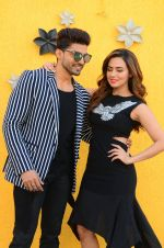 Sana Khan, Gurmeet Choudhary at Wajah Tum Ho film promotions in Mumbai on 22nd Nov 2016 (86)_58353c8378a2f.JPG