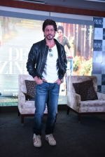 Shahrukh Khan at Dear Zindagi press meet on 22nd Nov 2016 (38)_5835376939f68.JPG
