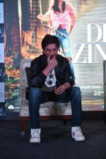 Shahrukh Khan at Dear Zindagi press meet on 22nd Nov 2016 (48)_5835376eaa8ba.JPG