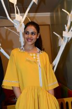 Genelia D Souza at mother baby care centre launch on 23rd Nov 2016 (81)_5836bec1b3f13.JPG