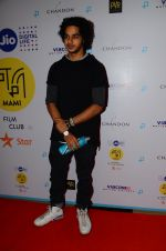 Ishaan Khattar at La La land screening in Mumbai on 23rd Nov 2016 (28)_5836c2be15e60.JPG