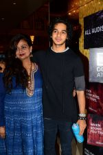 Neelima Azeem, Ishaan Khattar at La La land screening in Mumbai on 23rd Nov 2016 (45)_5836c19047ab0.JPG