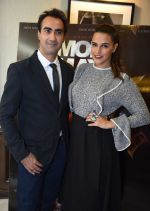 Neha Dhupia, Ranvir Shorey at Moh Maya Money premiere on 23rd Nov 2016 (32)_5836c02144f17.JPG